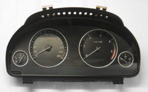 BMW 525d F10 F11 Kombiinstrument Tacho 9255589
